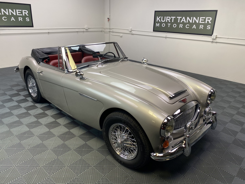 1965 AUSTIN HEALEY 3000 MKIII BJ8